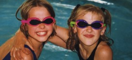 girls with goggles2